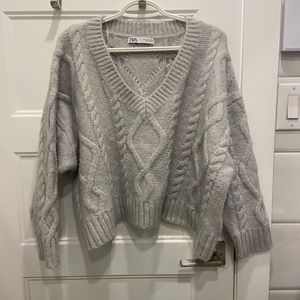 oversized cable knit cropped(ish) sweater